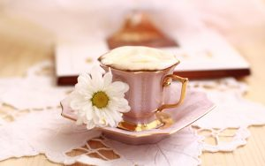 still-life-theme-a-cup-of-coffee-with-flower_2560x1600